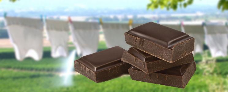 quitar manchas de chocolate de la tela blanca