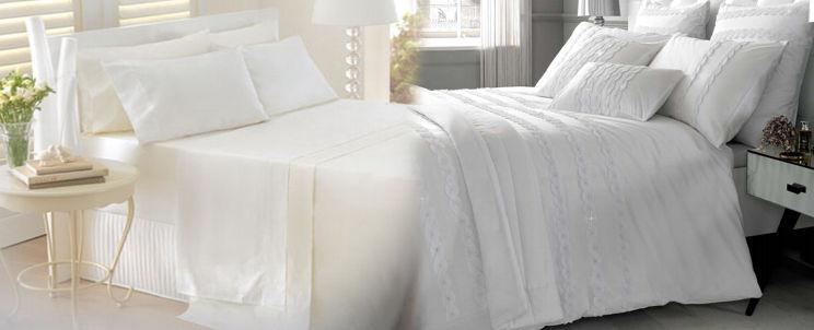 por qué las sábanas de hotel son tan blancas