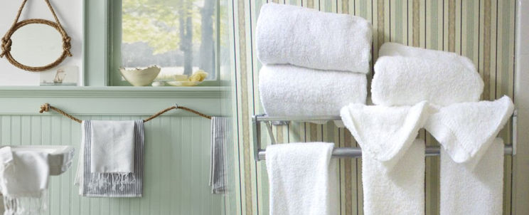 es higiénico dejar las toallas mojadas en el baño
